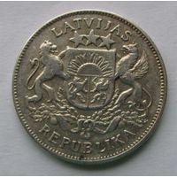 1925 г. 2 лата. Серебро. #2