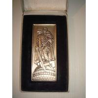Ehrenmal Treptow Berlin Настольная медаль ГДР в серебре