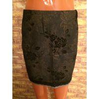 Классная юбка с набивным рисунком на 48 размер, натуральная ткань, хлопок + 3% эластана, длина 42 см, ПОталии 42 см.
