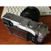 Fujifilm X-E1 Kit 18-55mm F2.8-4.0 Silver