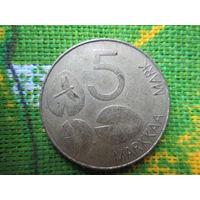СЕВЕРНАЯ ЕВРОПА ФИНЛЯНДИЯ 5 марок 1993 (2) тюлень / стрекоза / кувшинки цена одной монеты 2 руб.                                                 .
