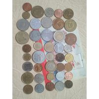 Набор монет  41 шт (все года разные) +марка Португалии СБ2