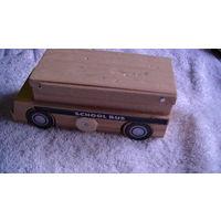 Машинка деревянная. распродажа