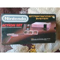 Игровая консоль NES NTSC-U в коробке