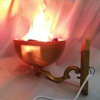 Светильники бра с эффектом пылающего пламени. Цена за пару. Исправные.