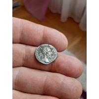 Монета рима