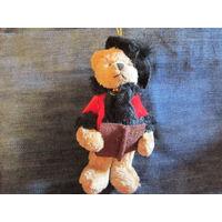 Медведь Мишка . Подвеска на брелок винтажная из Франции . 13 см.