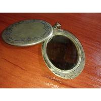 Кулон довоенный , зеркало на серебре