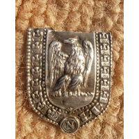 Герб Франции при Наполеоне Великой армии в серебре 1812 года  найденный на месте дислокации корпуса маршала Виктора Николя