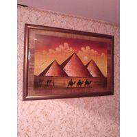 Картина в раме под стеклом написана на папирусе