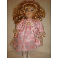 Фарфоровая кукла 30см