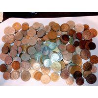 1 кг. Крупных монет всего мира не с рубля . 1 лот.