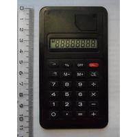 Рабочий тонкий калькулятор (толщина 5 мм).