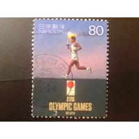 Япония 2000 Олимпийский огонь Олимпиады 1964 г., марка из блока