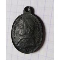 Медальон католической