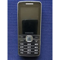 Мобильный телефон Samsung GT-S5610.