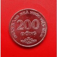 52-36 Вьетнам, 200 донг 2003 г.