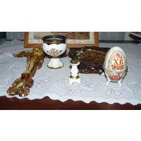 Лампадка, подсвечник,яйцо, крест, икона
