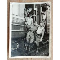 Фото курсантов на поезде. 1950-е.