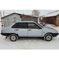 Аварийный ВАЗ-21099 не на ходу