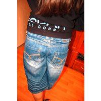Супер крутые джинсовые шорты  Европейский р. 12