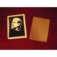 Барельеф В.И.Ленин,в родной коробке.
