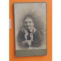 """Фото визит-портрет """"Дама в годах"""", фот. Напельбаум, Минск, до 1917 г."""