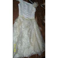 Красивое платье для девочки .