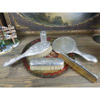Старинный Дамский серебряный туалетный набор: зеркало и щетка Серебро 925