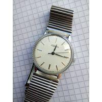 """Часы """"Ракета-костюмные"""" четкое состояние почти как с магазина Редкий циферблат Гильоше+отличный браслет (четко смотрятся на руке)"""