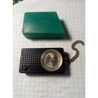 Часы ,,Луч,,под реставрацию.Старт с 2-х рублей без м.ц.Смотрите другие лоты,много интересного.