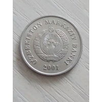 Узбекистан 10 сом 2001г.