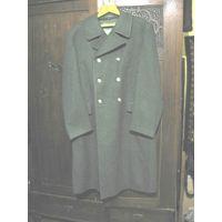 Шинель старшего офицерского состава (1991-1994гг.), двубортная шерстяная защитного цвета