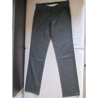 Новые мужские брюки джинсового покроя