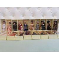 """Фарфоровые куклы """"дамы эпохи"""" новые в коробках 19 штук"""