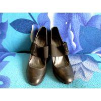 Туфли женские кожа  40 р