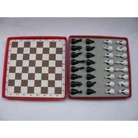 Шахматы дорожные из СССР (магнитные)