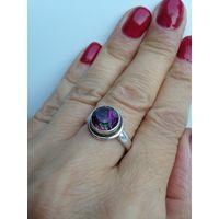 Кольцо с переливающимся кристаллом БРОНЬ