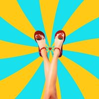 Фруктовые гелевые сандали от Katy Perry