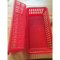 Две корзинки красного цвета, размер 20 на 10 см, высота 5 см. Бу недолго. Цена указана за две штуки.