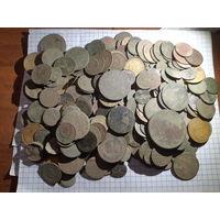Монеты всякие 300шт с рубля