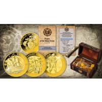 """Сейшельские острова 3 рупии 2020г. """"Набор: Пираты Индийского океана"""". Монеты в капсулах, подарочном сундуке; мешочек с монетами; сертификат. Медно-цинковый сплав 3x29,4гр."""