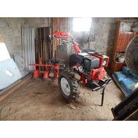 Мини-Трактор с прицепным оборудованием, новый.