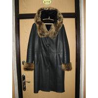 Классная натуральная облегченная дубленка пальто размер 48-50