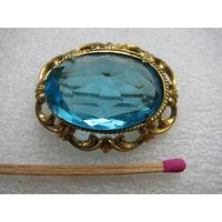 Винтажная брошка из СССР с голубым камушком