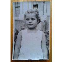 Фото маленькой незнакомки. 1964 г. 8х13 см.