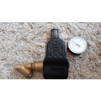 Пятиходвый кран с манометром, регулятором давления.