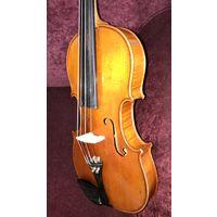 Старинная мастеровая скрипка Stradivarius