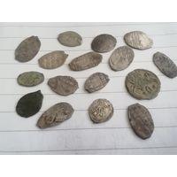 Монеты чешуя
