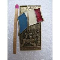 Значок. Памятники истории. Эйфелева Башня. Париж, Франция